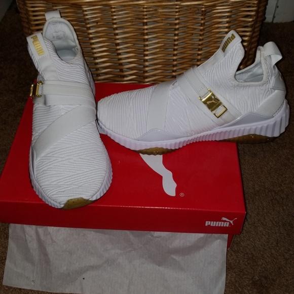 1b529c94068c Defy Varsity Mid Women s Sneakers